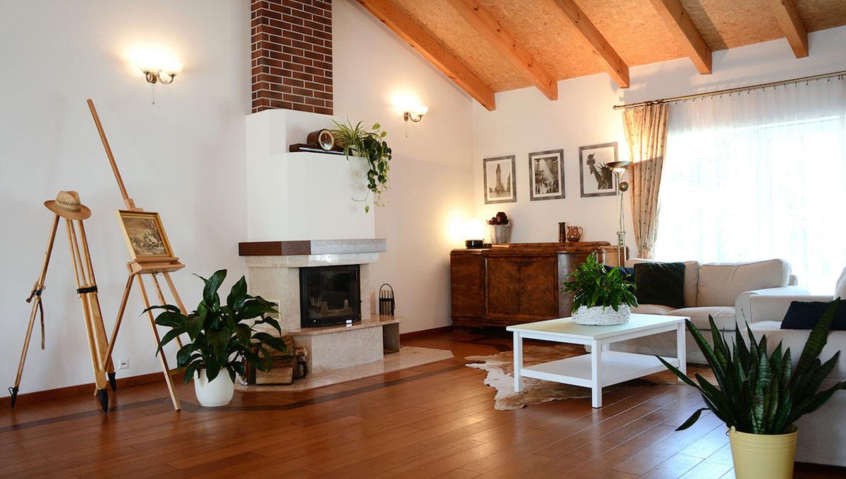 Przestronny dom z potencjałem w Tarnowie Podgórnym